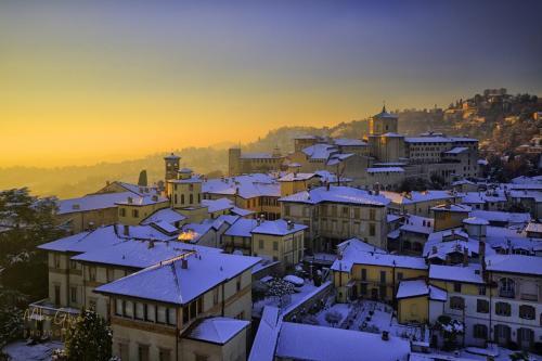 Bargamo snowfall sunset mgp