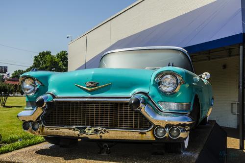 Elvismobile at Graceland 12x