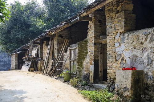 Farm sheds Mushan Village, Yangshuo 12x