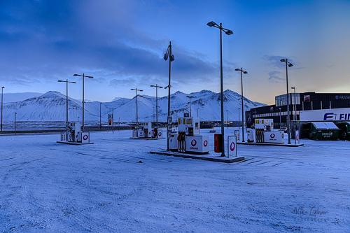 Iceland gas station mgp