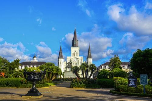 Jackson Square New Orleans 12x18. 2