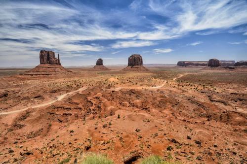 Monument Valley Navajo Tribal Park-Utah 12
