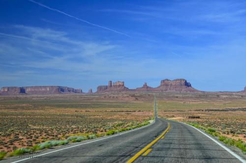 Monument Valley Navajo Tribal Park-Utah 17