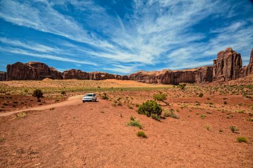 Monument Valley Navajo Tribal Park-Utah 8