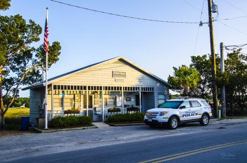 Pawleys Island Town Hall and Police 12x