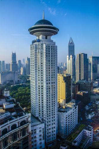 Shanghai tower 2 12x18