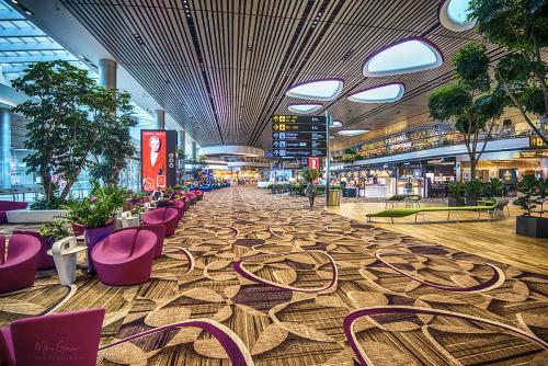 Singapore Airport Changi Departure Lounge 12x8