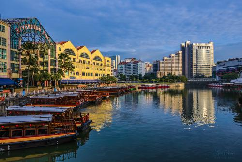 Singapore river with boats 12x8