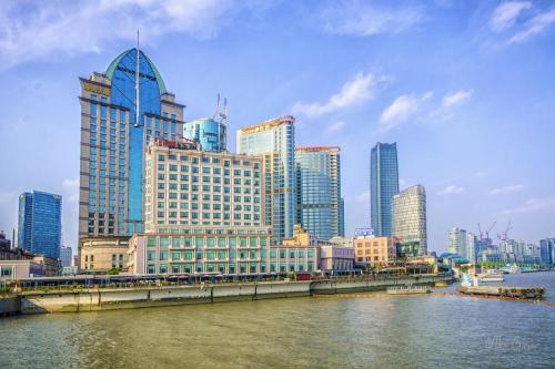 The Bund Shanghai looking west 12x18