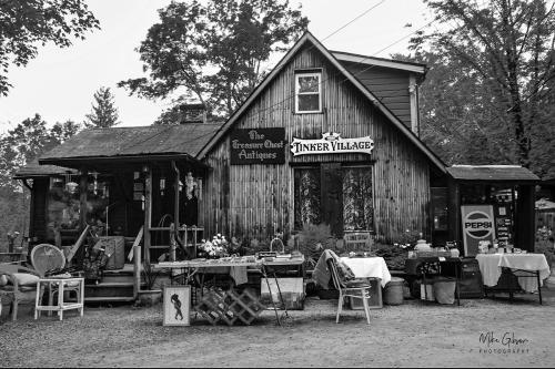 Tinker Village Woodstock B&W