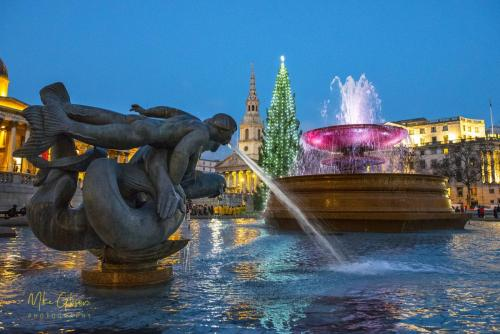 Trafalgar Square with fountain mgp s
