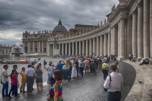 Vatican City queue 12x