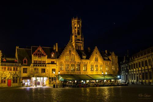 bruges market square at night 12x