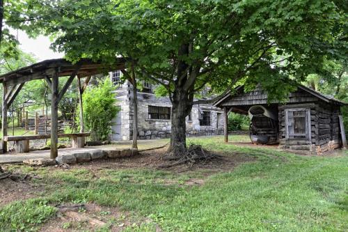 crockett house