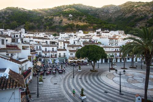 looking down at Mijas town square at dusk 12x