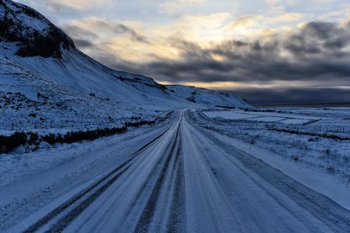 road to black beach