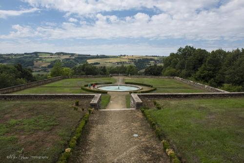 Chateau de Virieu,  gardens