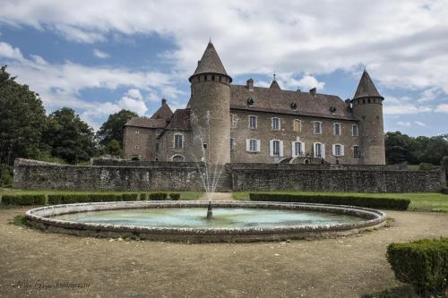 Chateau de Virieu and gardens