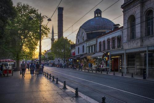 Istanbul, Turkey x