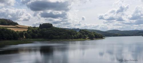 Lake near Vaumery