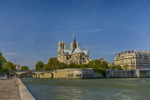 Notre Dame Cathedral 2