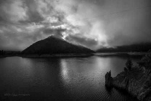 astel di Tora dawn black and white mgpx